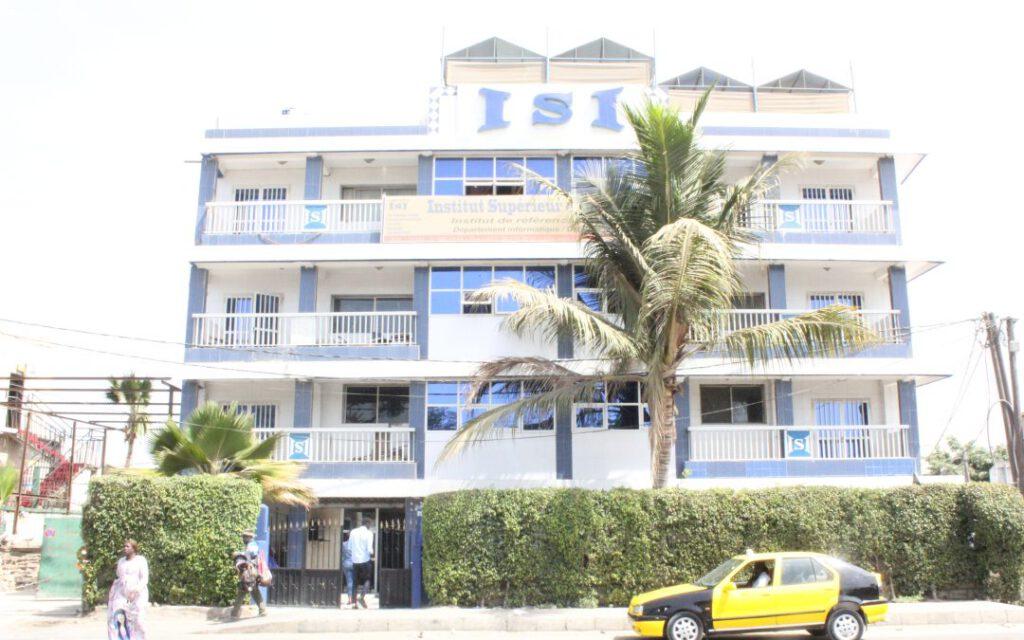 Instituto Superior de Informática de Dakar.
