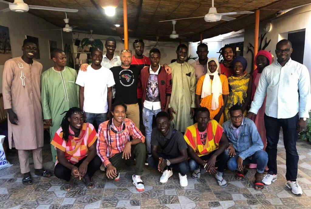 Reunión con estudiantes en Dakar